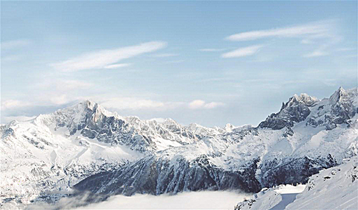 高清雪山背景画面