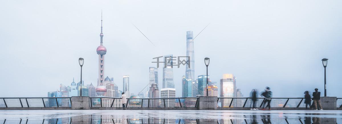 城市简约白色海报banner背景