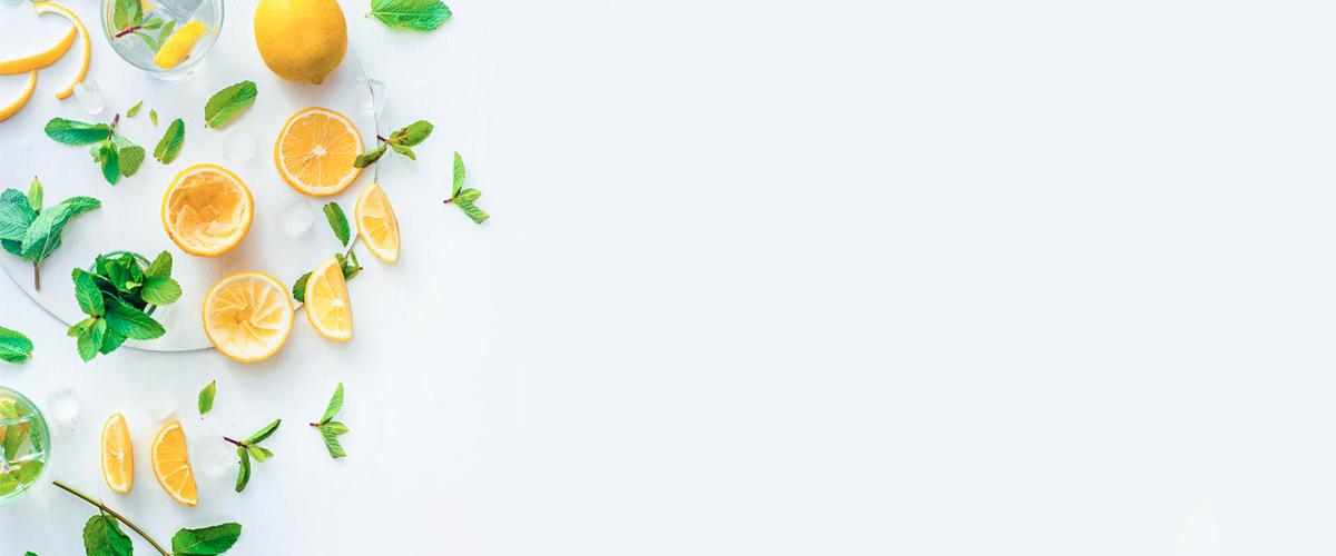 图片 > 【jpg】 水果简约白色海报背景banner  分类:艺术字体 类目图片