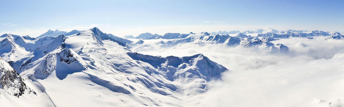 大气雪山冬天景色蓝色bannerjpg素材-90设计
