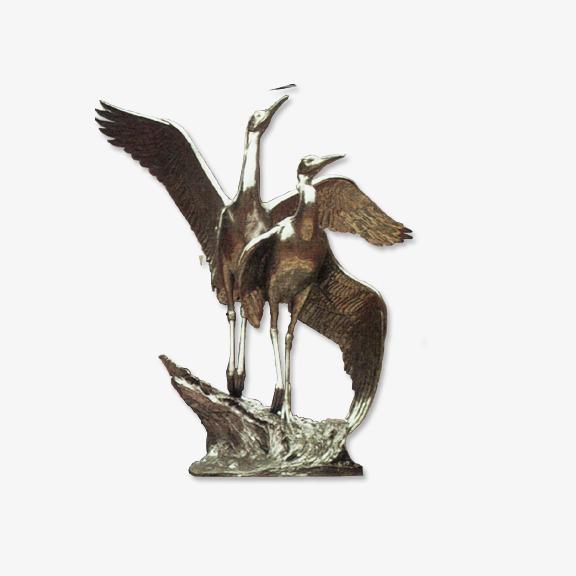 金属质感仙鹤雕塑