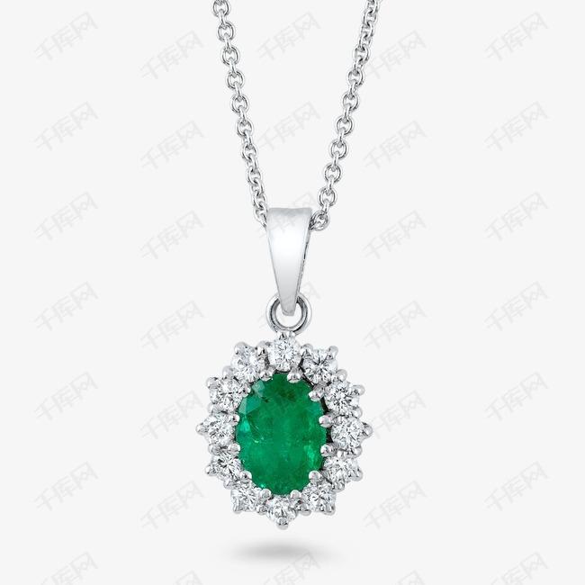 绿宝石项链点缀
