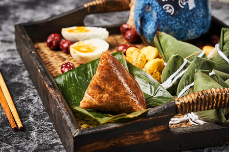 复古端午端午节粽子传统粽子包粽子摄影图配图