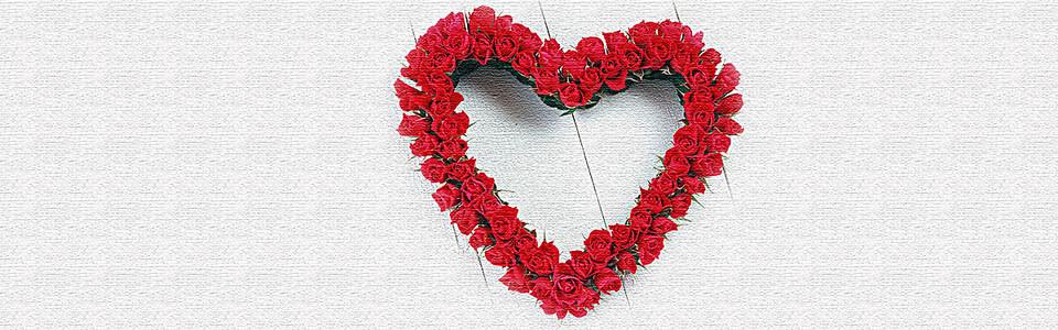 唯美玫瑰花爱心花环海报背景