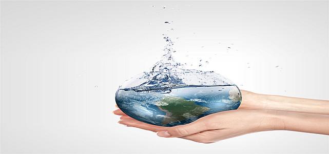创意水中的地球环保海报背景