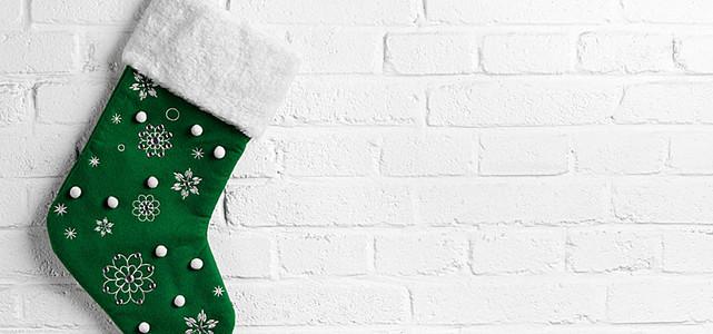 圣诞袜与墙体背景
