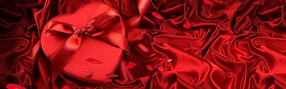 红色丝绸质感心形礼盒淘宝情人节背景