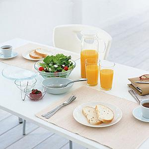 现代家居餐桌背景